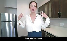 Helpful Stepmom Helps Me Cum