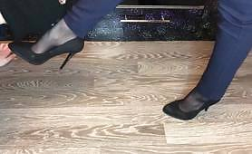 black nylon and high heels mistress domination smell shoes and foot slave